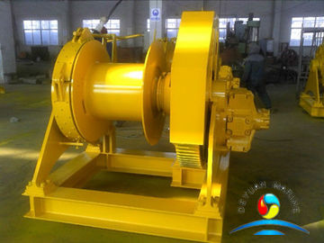 China 10000 Pound Manual Boat Anchor Winch , Gas Powered Winch With Double Brake supplier