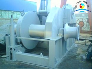China Towing Boat Ramp Marine Winch With 40 Ton Drum Capacity And Warping End supplier