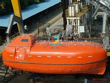 China Marine Life Saving Equipment Rescue Boats Enclosed  FRP With Different Size supplier