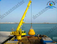 China 30 Ton Hydraulic Telescopic Boom Marine Deck Cranes With SOLAS Standard factory