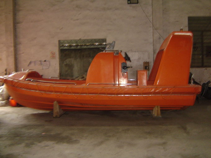 SOLAS Fast Rescue Boats Fender Rigid Hull Inflatable Boat With 6-15 Persons